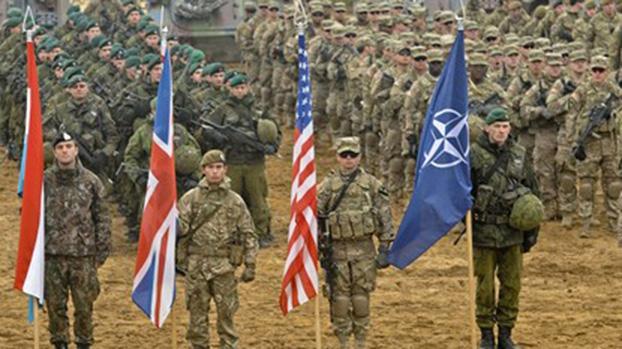 美国一旦用兵,将与盟友和伙伴联合出击。图为2014年北约军事仪式。(维基百科)