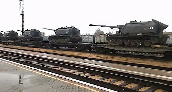 烏東頓巴斯地區(Donbas)衝突升高,俄軍集結趕往邊界。(視頻截圖)