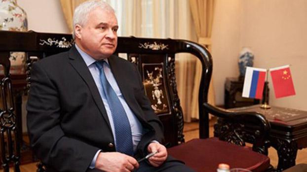 """如果中美发生武装冲突,俄罗斯会采取什么立场?俄罗斯驻中国大使杰尼索夫(Andrey Denisov)说:""""这个问题不会有答案。""""(TASS)"""