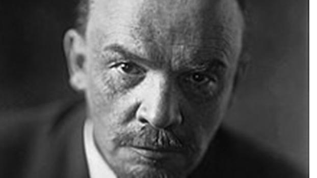 在军队建立政治机构和设立政治干部最早源于列宁(如图)领导的苏联红军。(Public Domain)