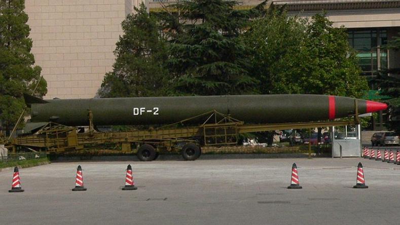 1966年东风-2型导弹首次完成两弹结合(原子弹+导弹)试验成功。摄于军事博物馆。(维基百科)