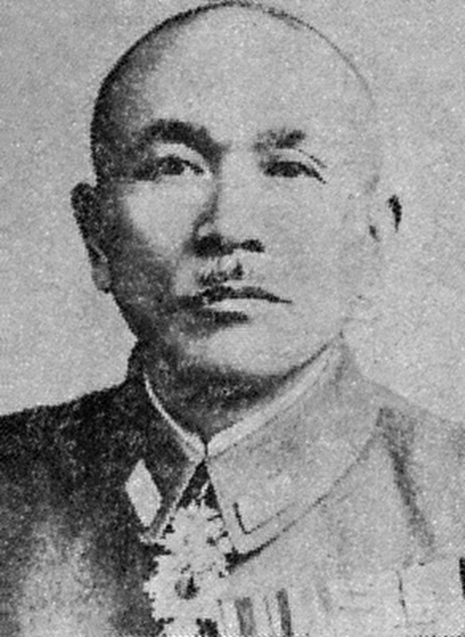 日本帝国陆军第4航空军司令官寺本熊市,战前大声疾呼制空权的重要性。(维基百科)