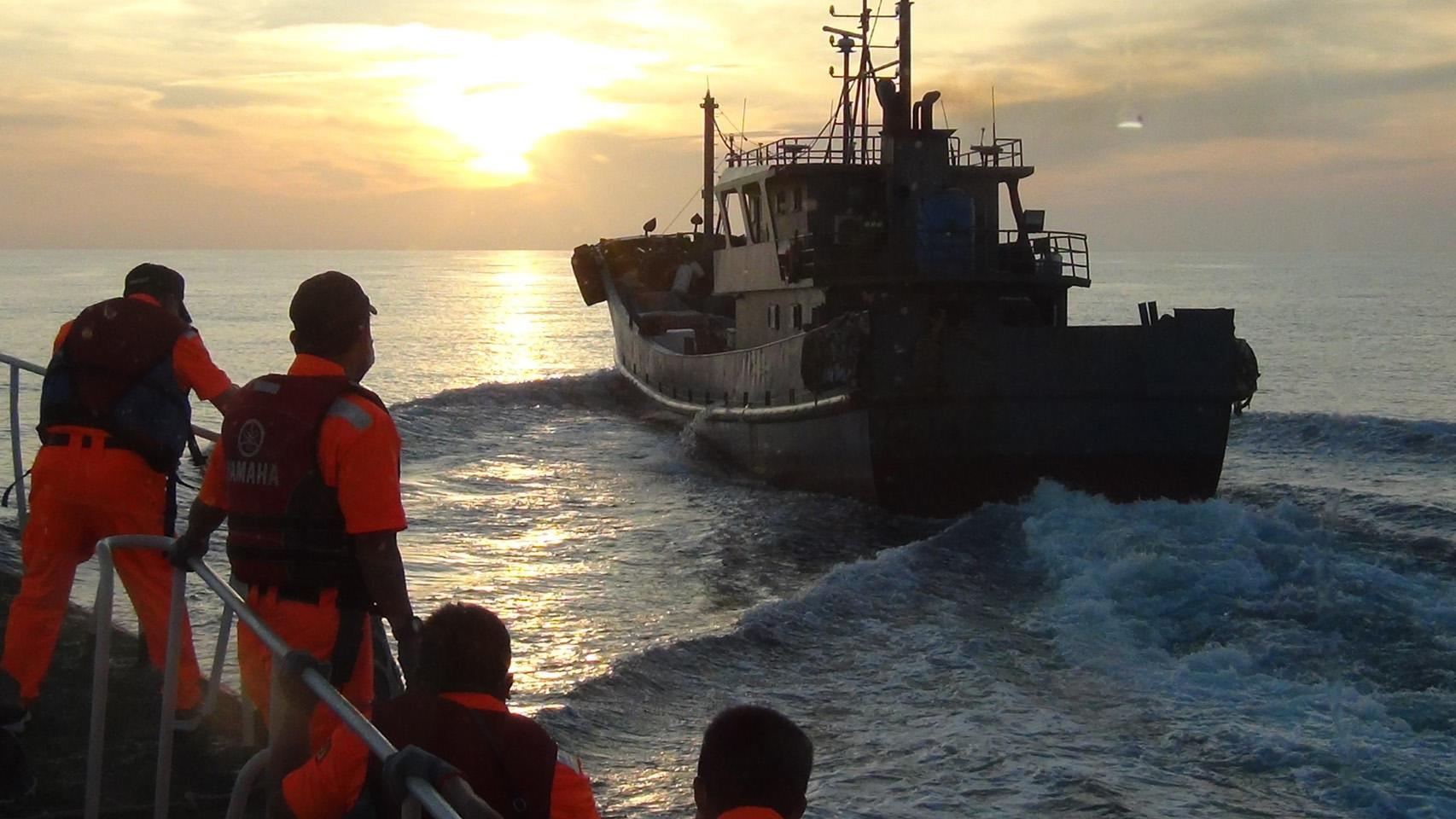 5月初,台湾巡防艇接连在澎湖海域查获4艘非法越区捕鱼的大陆渔船(台湾海巡署提供)
