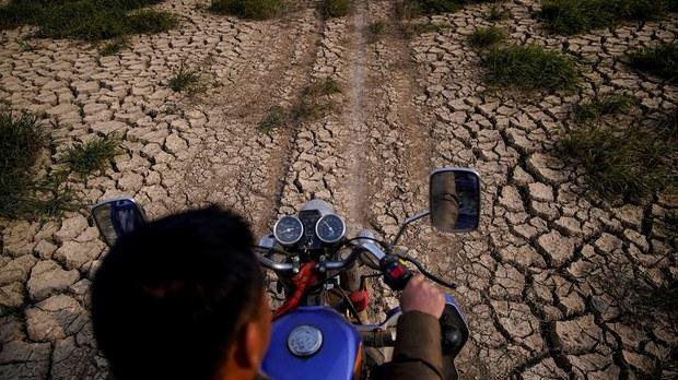 随着全球持续暖化,中国各地和台湾进入干旱频发年代,极端气候已成常态。