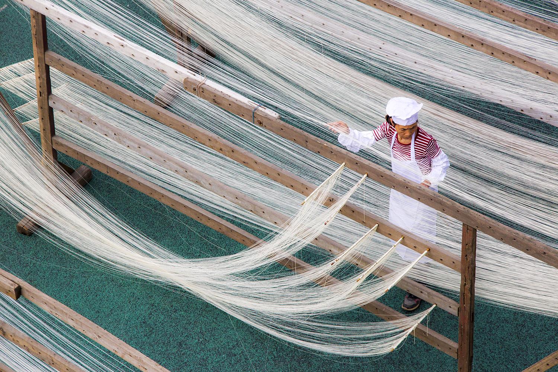 中国米粉最近被验出含转基因大米成分。(法新社)