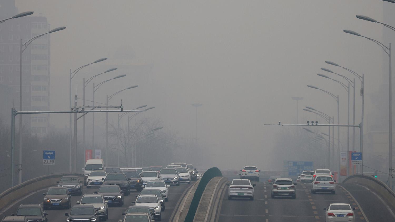 交通污染源產生的氮氧化物會增加染疫風險。(路透社)