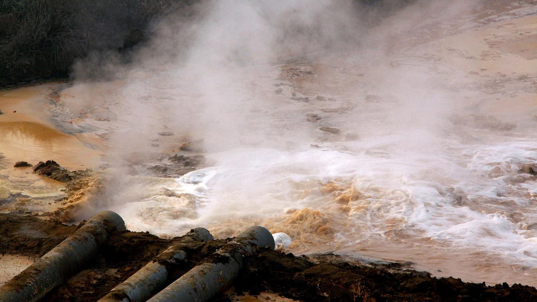 随着工业污染大量流入农村,居民生病或罹癌的风险大增。(路透社)
