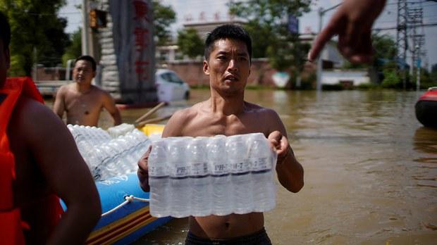 专栏 | 绿色情报员:洪灾过后(下)农村饮用水脱贫还是脱钩?