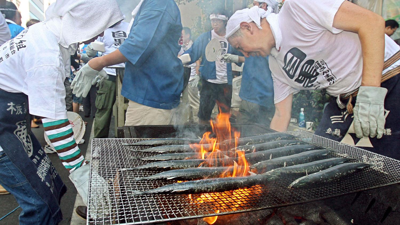 """秋刀鱼曾是日本的""""国民鱼"""",如今身价不断看涨。(法新社)"""