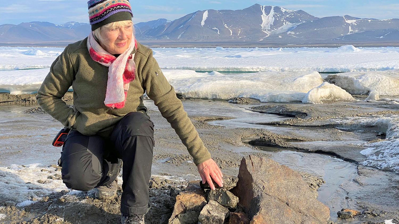 今年夏天科學家意外發現目前所知的最北端島嶼,海域劃分增添變數。(路透社)