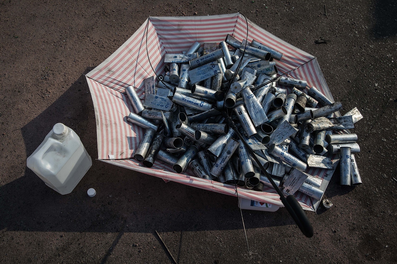 专家怀疑中国制造的催泪弹更易释出二噁英毒害。(法新社)