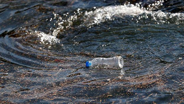 中國沿岸的海洋垃圾以塑料爲最大宗,微塑料濃度也持續上升。(路透社)