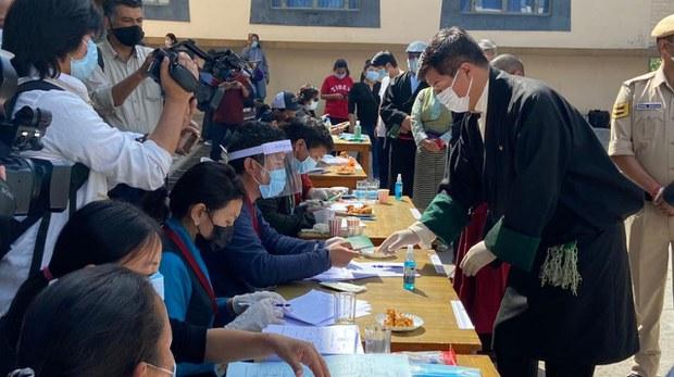 专栏 | 西藏纵览:流亡藏人进入选举政治领袖最后一轮投票