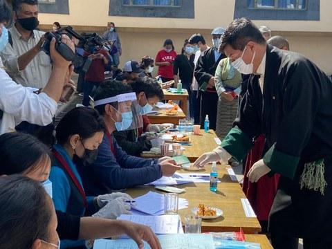 流亡藏人新一届领导人大选选举投票现场。