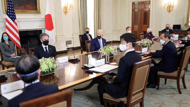 2021年4月16日,美国总统拜登与日本首相菅义伟在白宫举行首脑会议。 (路透社)