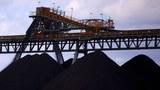 圖爲澳洲新南威爾士州Mudgee,Ulan煤礦的煤堆。