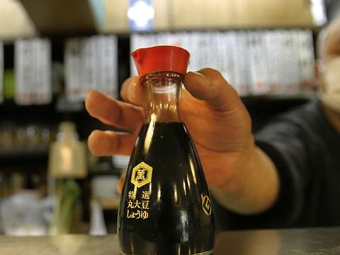 一名厨师与一瓶酱油