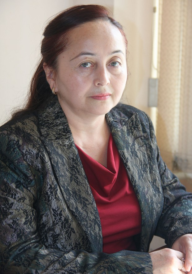 Almutadiki Uyghur sha'iri gülnare awutowa we uning bir qisim shé'irliri