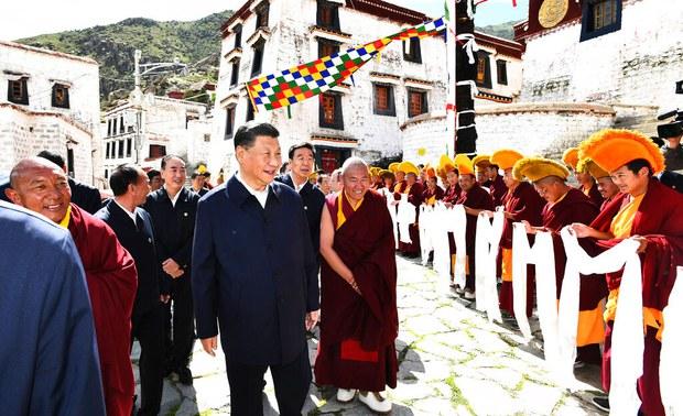 Xitay prézidénti shi jinping lasaning gherbiy sheher etrapigha jaylashqan drépung monastirini ziyaret qildi. 2021-Yili 22-iyul, tibet