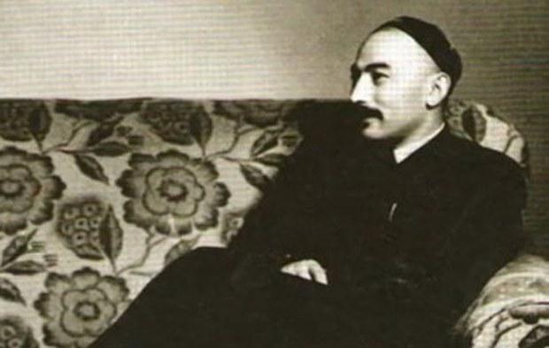 1947-1946-يىللىرىدىكى خىتاي جاسۇسلىرى ۋە كاتتىۋاشلىرىنىڭ نەزىرىدىكى ئەخمەتجان قاسىمى ۋە شەرقىي تۈركىستان ۋەكىللىرى