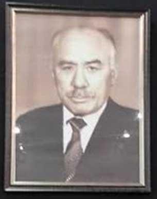 Sowet-Uyghurshunasi-Emir-Nejip.jpg