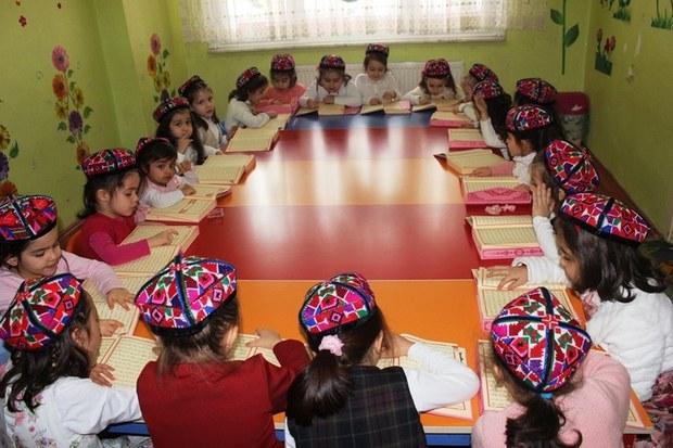 turkiye-istanbul-uyghur-yesli-2016-003.jpg