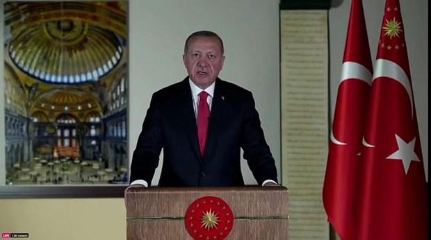 erdoghan-ayasofya-1.jpg