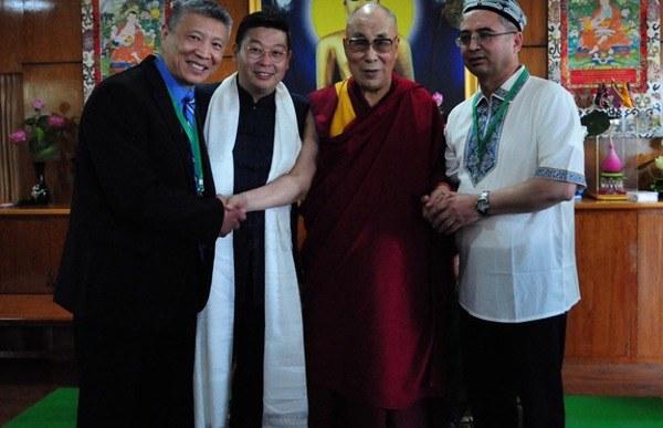 ilshat-hesen-hindistan-daramsala-dalay-lama-2016.jpg