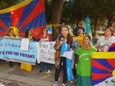 Uyghur-Tibet-Birleshme-Namayish-2019-Italiye-01.jpg