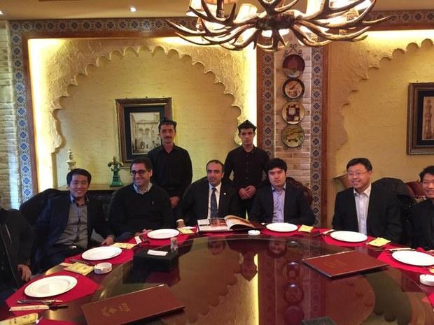 jume-ichten-turkiye-parlament-ezasi-urumqi.jpg