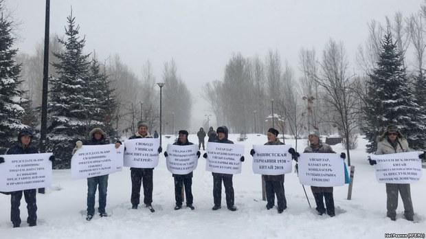 tatar-uyghur-lager-masilisi.jpg