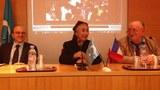 parizh-fransiye-parlament-yighin-uyghur.JPG
