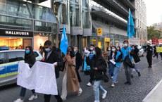 Frankfurt-shehridiki-Aliy-mektep-uyghur-mesilisi-1.jpg