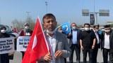 Лагер қурбанлириниң йеқинлири истанбул кочилирида уйғурларниң нөвәттики вәзийитини аңлатти