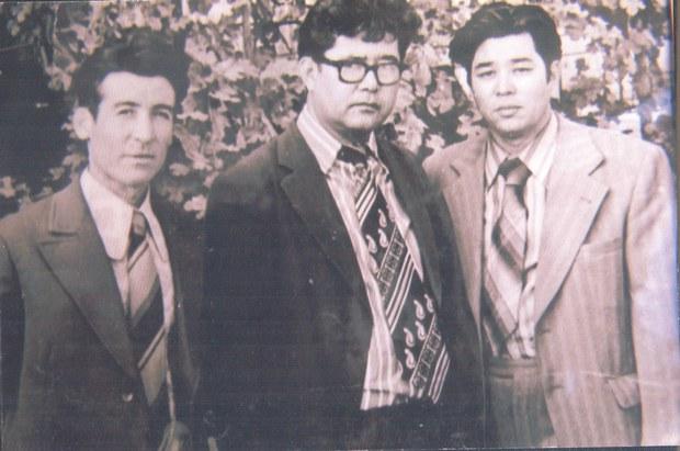Shair-abdughopur-qutluqofyehiya-tayirof-turghan-tokhtemof.jpg