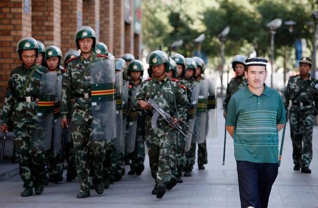 uyghur-doppa-xitay-herbiy-kocha.jpg