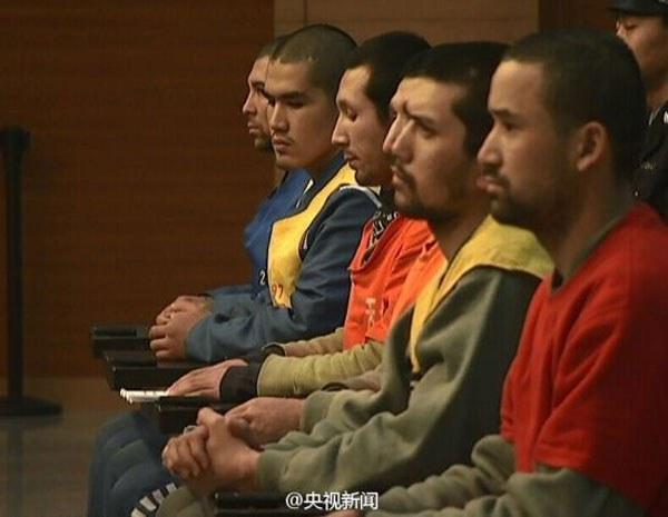 ikki-partlash-uyghur-sot-1.jpg