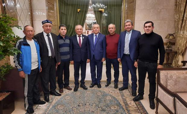 Qazaqistan parlaménti aliy mejlisige Uyghur wekilimu saylandi