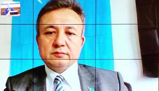 Қирғизистан уйғурлири дуня уйғур қурултийиниң рәһбәрлири билән тор арқилиқ йиғин өткүзди