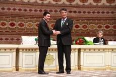 tashpolat-teyip-turmenistan-prezidenti.jpg
