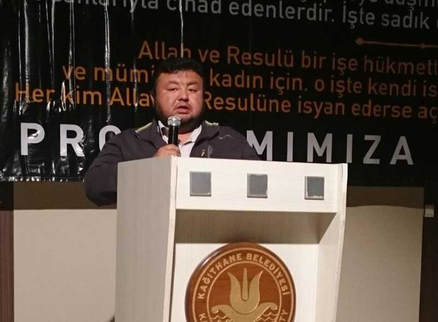 turkiyede-uyghur-mesilisi-yighin-oghuzxan.jpg