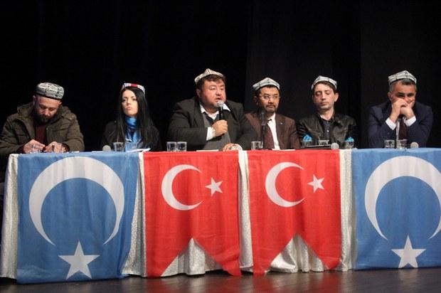zhurnalistlar-neziridiki-sherqiy-turkistan-1.jpg