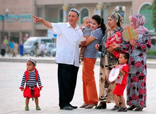 Uyghur-aile-bala-305.jpg