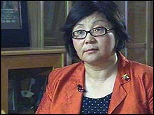 Qirghizistan-oktichiliri-yengi-hokumet-Rosa-Otunbayeva--305.jpg