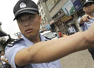 Police0612_sichuan-305