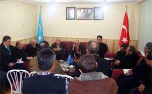 60-Turk-Jemiyet-wekilliri-Uygur-jemiyitini-ziyaret-qildi-305.jpg