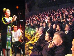 "Sürette, 10 - ayning 17 - küni ""türkiyide xitayni chüshinish"" paaliyitide, dangliq uyghur naxshichisi izzet ilyas sehnide."