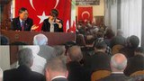 Xitay-istanbul-konsuli-Turklerge-Uyghur-toghrisida-jawap-bermekte-305.jpg