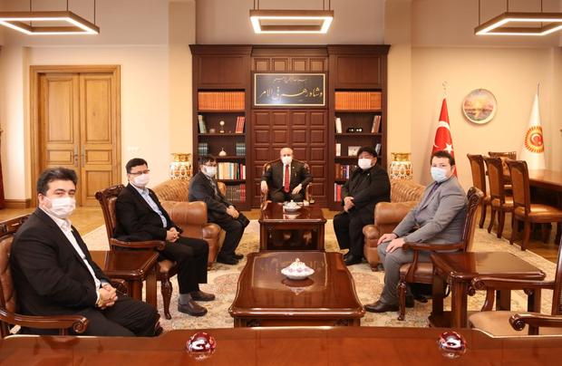 Хәлқара шәрқий түркистан тәшкилатлар бирлики түркийә парламентиниң рәисигә уйғурлар тоғрилиқ тәләпнамә сунди