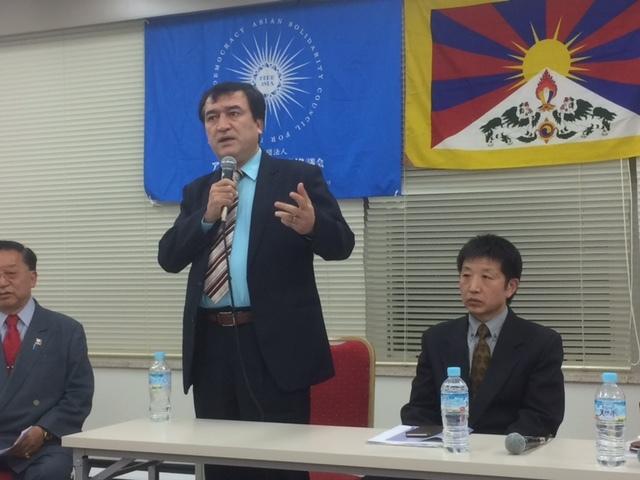 Yaponiye Uyghur jem'iyitining re'isi ilham mahmut sözde